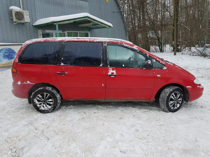 VW SHARAN 1.984 85 kW -97