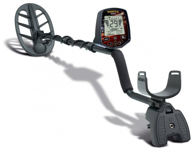 METAL DETECTOR TEKNETICS PATRIOT
