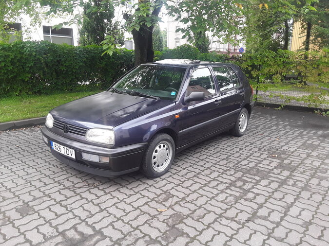 VW GOLF3 1,6 55kW -95