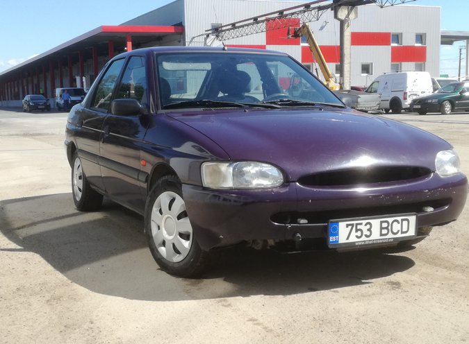 FORD ESCORT CLX 1.4 55 kW -97