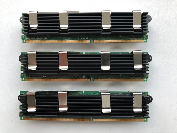 240-PIN PC2-5300 667MHZ DDR2 ECC FB DIMM 4GB