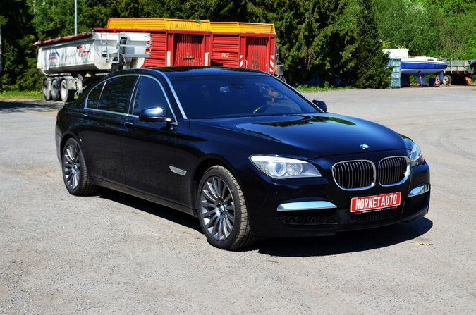 BMW 750LI LONG M-PAKETT 300 kW