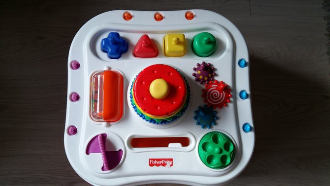 FISHER PRICE TEGELUSLAUD