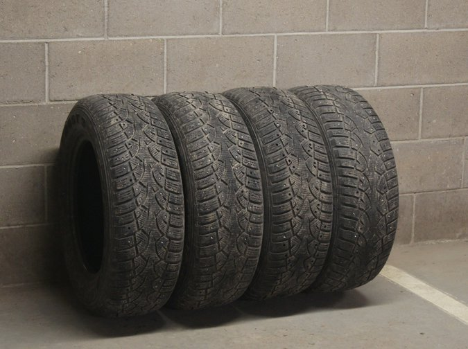 CONTINENTAL 215/65 R16 CONTI 4X4 ICECONTACT