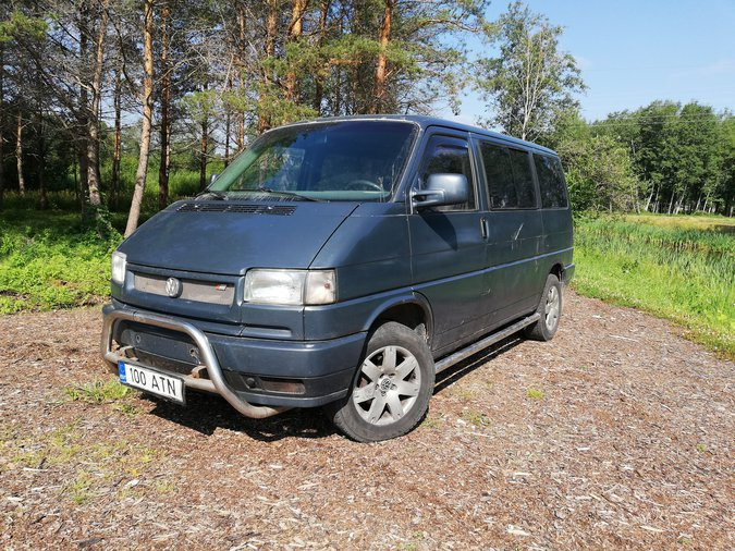 VW MULTIVAN 2.4 D 57 kW -94