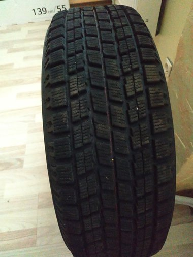 215/60R16 BRIDGESTONE BLIZZAK VS50