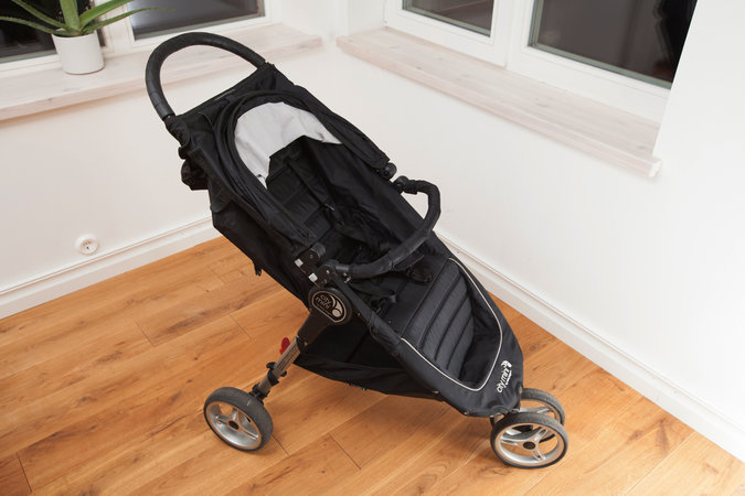 BABY JOGGER CITY MINI MUST KÄRU