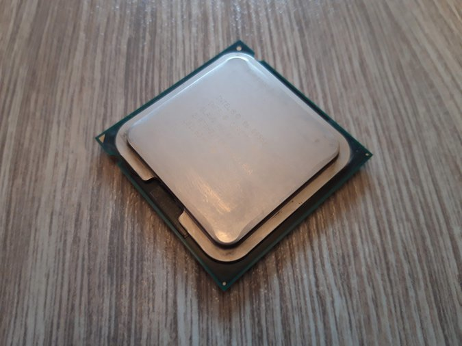 INTEL® CORE™2 QUAD PROCESSOR Q9550