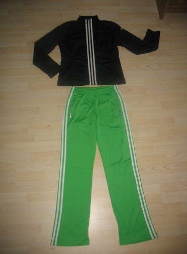 ADIDAS DRESS 164CM/S-M, HIND 15EUR
