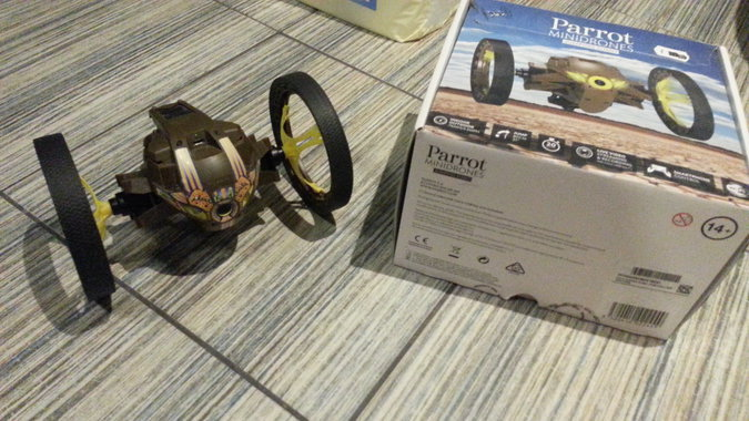 PARROT, MINIDRONE JUMPING SUMO