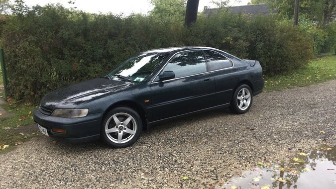 HONDA ACCORD COUPE 2.2 110 kW -95