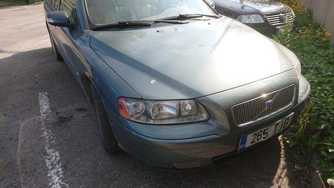 4a6d55b8607 VOLVO V70 D5 120 kW -04