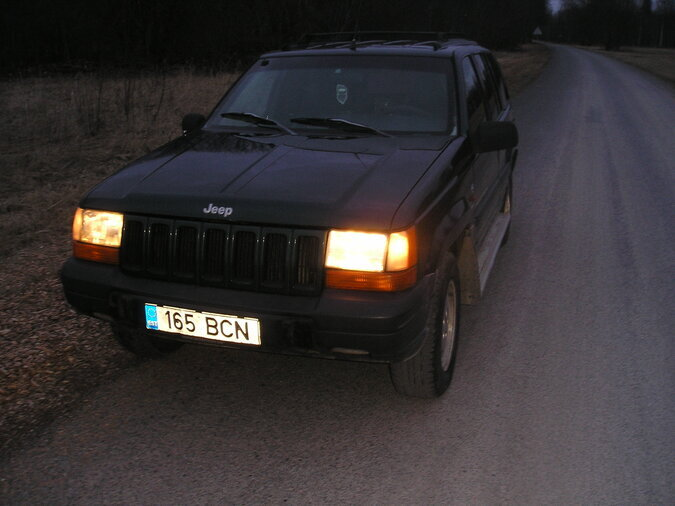 JEEP GRAND CHEROKEE 2,5 85 kW -98