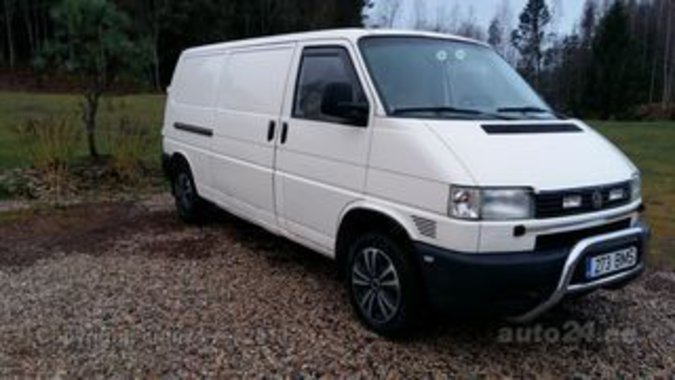 VW TRANSPORTER 2,5  75 kW LONG