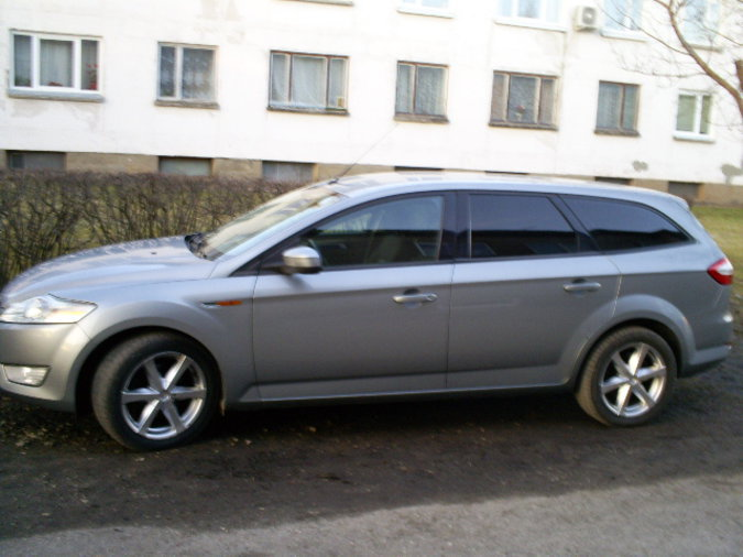 FORD MONDEO 2.0 85 kW -08