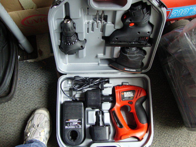 BLACK/DECKER QUATTRO KC2000F