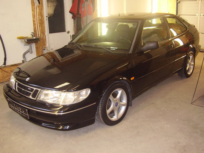 SAAB 900 TURBO AERO COUPE LIM: 26 EDITION 2.0 136 kW -95