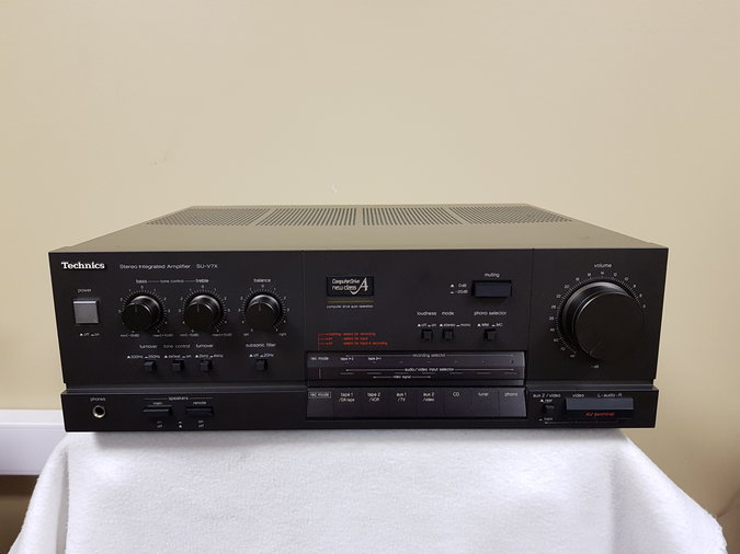TECHNICS SU-V7X INTEGRATED AMPLIFIER