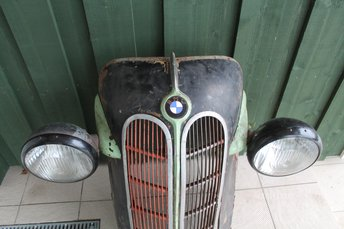 BMW 321 NINA + TULED