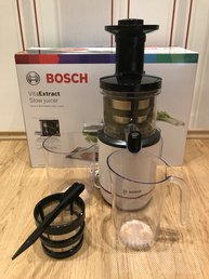 AEGLANE MAHLAPRESS / SLOW JUICER BOSCH VITA EXTRACT: Juicer1