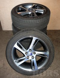 "17""VOLVO VALUVELJED"