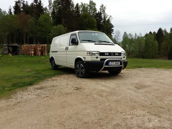 VW TRANSPORTER LONG 2,5 75 kW TDI 75 kW -97