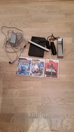 NINTENDO WII BLACK + 3 GAMES