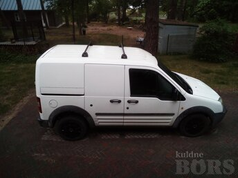 FORD TRANSIT CONNECT: 1