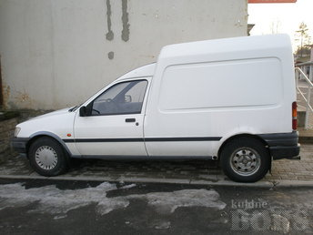 FORD COURIER 1.8 44 kW -95