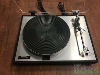 LUXMAN PD 272 DC-SERVO DIRECT-DRIVE TURNTABLE