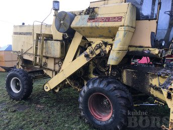 KOMBAIN NEW HOLLAND CLAYSON 1540