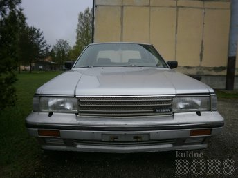 NISSAN LAUREL 2.8D