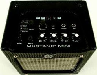 FENDER MUSTANG MINI AMP: another