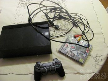 PS3 ULTRA SLIM 500GB + PULT JA MÄNG