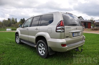 TOYOTA LAND CUISER 120 EXECUTIVE 3,0 D-4D 3.0 127 kW -07