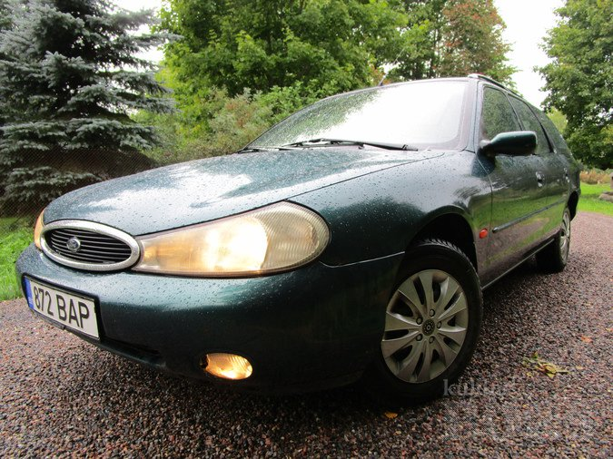 FORD MONDEO FAMILY 1.8 85 kW -97
